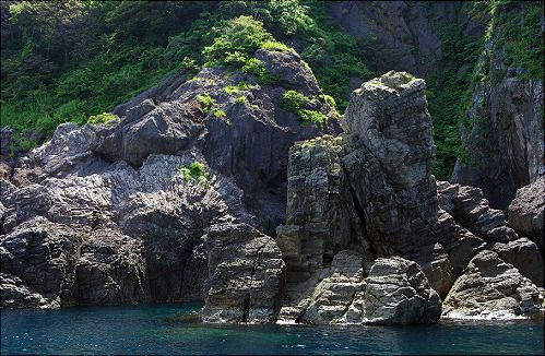 Peacock Rock<br />(Kujyaku iwa)